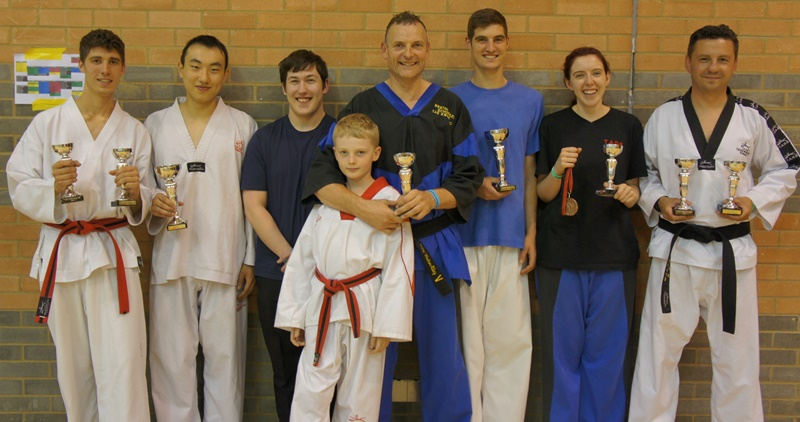 /uploads/Image/Competitions/Championship Images/crawley2014.jpg